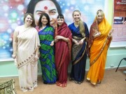 Коллективное шоу сари
